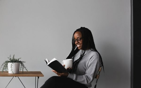 5 Reasons Writers Should Be Reading