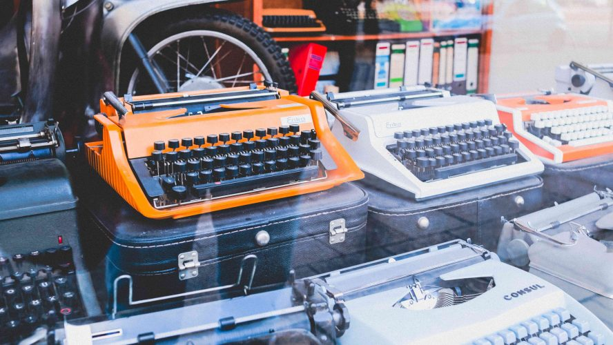 Should You Hire An Editor Before Querying Agents?