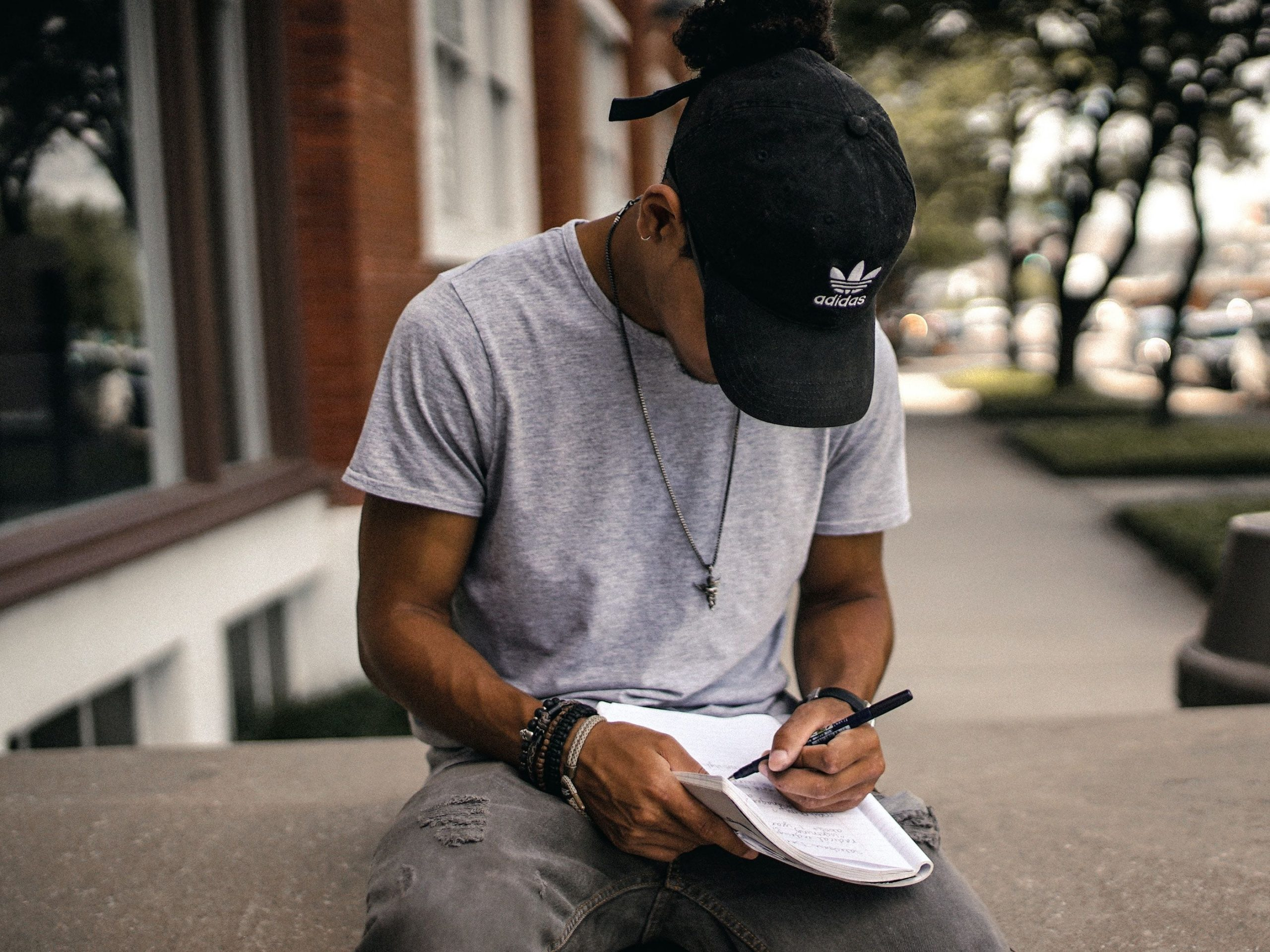 7 Tips For Finding Time to Write as a College Student